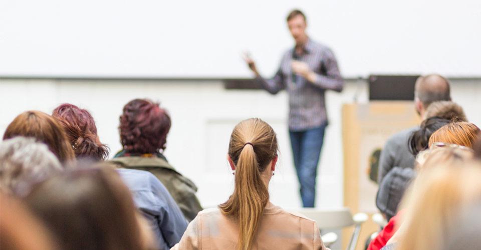 Curso para hablar en público en Coaching Factory
